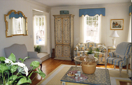 Merveilleux Although In Connecticut Woodland, This Living Room Answers The Clientu0027s  Request To Remind Her Of Nantucket.